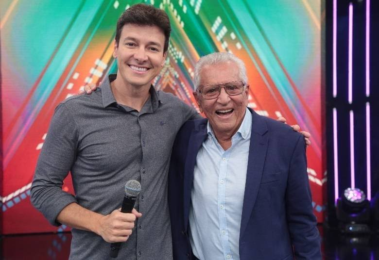 Rodrigo Faro e Carlos Alberto de Nóbrega (Foto: Antonio Chahestian/Record TV